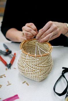 Making a small black ash basket at the John C. Campbell Folk School | folkschool.org