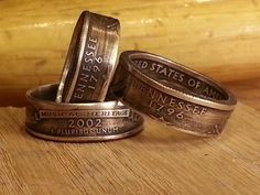 Ring from a quarter. Video tutorial. ~  http://quarter.littlethings.com/quarter-coin-ring-double-sided-state-how-to/?utm_source=cl&utm_medium=Facebook&utm_campaign=lifehacks