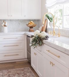Looking in on this dreamy corner this Friday afternoon. photography by Kitchen, light and bright, white kitchen, marble and gold kitchen, Classic Kitchen, New Kitchen, Kitchen Dining, Kitchen Decor, Kitchen Cabinets, Kitchen Pulls, Kitchen Sink, Shaker Cabinets, Gold Kitchen Faucet