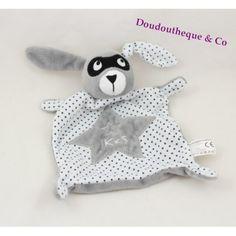 Doudou plat lapin IKKS étoiles masque blanc gris 21 cm Crochet Hats, Couture, Plush, Gray, Blank Mask, Rabbits, Dish, Knitting Hats, High Fashion