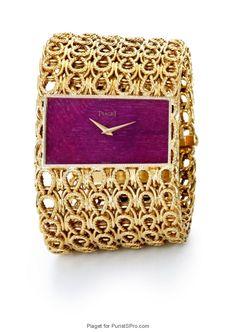 Piaget vintage cuff watch ref. 9060 D54.
