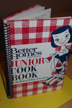 I have been looking for this mid-century Better Homes & Gardens Junior Cookbook! Def on my want list.