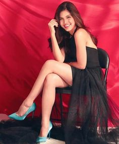 Ynnam Celebrities In Stockings, Maine Mendoza, Filipina, Theme Song, Pinoy, Film Festival, Celebs, Singer, Actresses