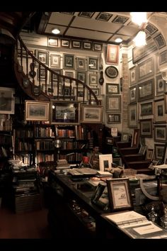 I'd like to die surrounded by books. not in the unfortunate bookstore accident kind of way, but quietly reading in a room like this.