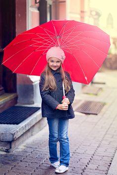 Children photography Tallinn I like the idea of a cute umbrella Cute Umbrellas, Colorful Umbrellas, Great Pic, S Pic, Children Photography, Family Photography, Photography Ideas, Family Photo Props, Funny Mom Jokes