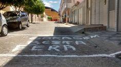 Blog Paulo Benjeri Notícias: Imagem do Dia: Em Afogados, morador perde a paciên...