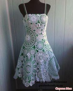 Мне уже давно нравятся платья из салфеток. Хотя раньше думала, что салфетки любят только бабушки старенькие Моё мнение давно изменилось. Красота неимоверная.  Вот моя подборка моделей.