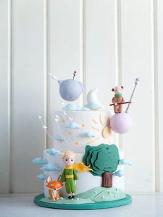 Little Prince cake | Cottontail Cake Studio | Sugar Art & Pastries