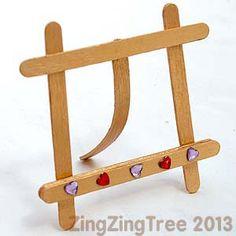 Craft stick easel