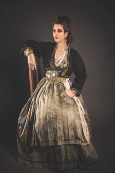 Ancient Greek Costumes, Ethnic Dress, Folk Costume, Culture, Traditional, Inspiration, Clothes, Beauty, Beautiful