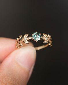 Cute Promise Rings, Cute Rings, Pretty Rings, Unique Rings, Unique Wedding Rings, Vine Wedding Ring, Hippie Wedding Ring, Non Diamond Wedding Rings, Wedding Rings Vintage