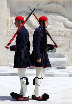 Tomb of the Unknown Soldier, Athens, Greece Mykonos, Military Guard, Military Uniforms, Unknown Soldier, Acropolis, Athens Greece, Greek Life, Macedonia, Ancient Greece