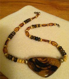 Kazuri Bead Pendant necklace design