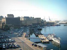 port de Brest (région Bretagne) St Nazaire, Region Bretagne, Belle Villa, France Europe, Atlantic City, San Francisco Skyline, New York Skyline, Yachts, Places