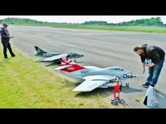 HAWKER HUNTER & F9F COUGAR RC LARGE SCALE - DARRIN & TOBY LONG MARSTON -...
