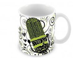 """Caneca Personalizada produzida em cerâmica Branca """"classe A"""", resistente ao uso em micro-ondas e máquina de lavar louças."""
