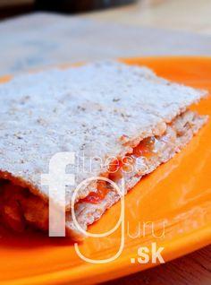 Tortilla plněná kuřecím masem a paprikou Quesadilla, Bread, Food, Red Peppers, Quesadillas, Eten, Bakeries, Meals, Breads