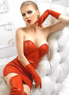 Leather Dresses, Leather Pants, Leather Gloves, Red Leather, Sexy Outfits, Sexy Dresses, Pin Up, Very Pretty Girl, Red Gloves
