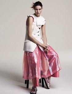 Luna Bijl by Steven Pan for Vogue Spain April 2016 - Page 2 | The Fashionography