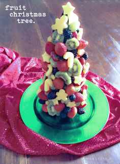 Christmas Tree Fruit Display. #fruit #recipe #christmas