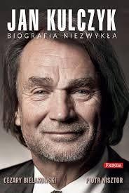 """Co wiesz o Janie Kulczyku? Ile z tych informacji jest faktami, a ile plotkami? Lepiej znasz historię majątku Kulczyka, czy Donalda Trumpa? Właśnie skończyłem czytać książkę """"Jan Kulczyk – Biografia niezwykła"""", zachęcam do przeczytania recenzji i moich przemyśleń na temat postrzegania """"bogactwa"""" w Polsce :)"""