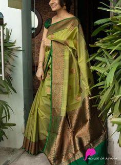 Gold Silk Saree, Satin Saree, Tussar Silk Saree, Silk Satin, Wedding Saree Blouse Designs, Pattu Saree Blouse Designs, Wedding Saree Collection, Modern Saree, Indian Beauty Saree