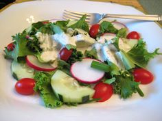 Ranch Buttermilk Dressing (using low-carb ranch dressing powder mix) Low Carb Ranch Dressing, Low Carb Salad Dressing, Low Carb Sauces, Low Carb Recipes, Cooking Recipes, Paleo Sauces, Diabetic Recipes, Buttermilk Salad Dressing, Induction Recipes
