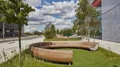 http://worldlandscapearchitect.com/new-landscape-at-here-east-for-makers-of-the-future/