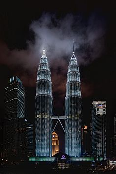 Petronas Two Towers by Steve Ashdown on 500px