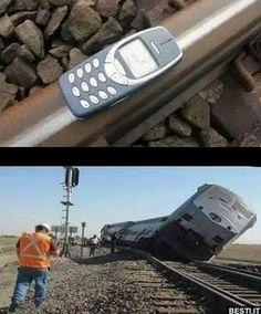 nokia 3310 vs train - Man Tutorial and Ideas