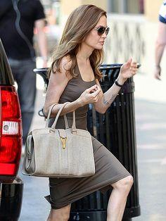 アンジェリーナ・ジョリー(Angelina Jolie) ワンピースファッション | レディーススーツ セレブファッション特集 -Celebrity Fashion-