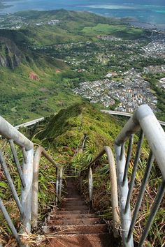 Haiku Stairs, Oahu