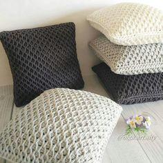 подушки из ленточной пряжи