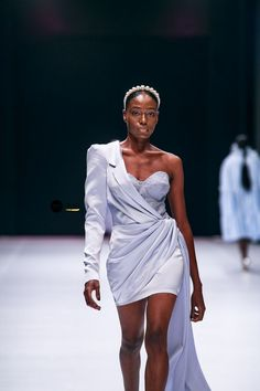Lagos Fashion Week 2019 | Style Temple | BN Style Hi Fashion, Catwalk Fashion, Fashion Books, Couture Fashion, Fashion Dresses, Fashion News, Fashion Brenda, Nigerian Fashion Designers, Prom Outfits