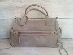 Grand sac à main en cuir  vieilli gris à bandouliè de C&A Leather shop sur DaWanda.com