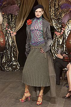 Dolce & Gabbana Fall 2000 Ready-to-Wear Fashion Show: Complete Collection - Style.com