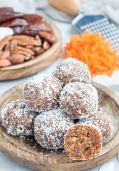 These balls are a great source of protein, fiber, and fat to keep you going at your mid-day crash! Plus they have sneaky veggies for those picky eaters. Lunch Snacks, Easy Snacks, Yummy Snacks, Easy Desserts, Delicious Desserts, Snack Recipes, Dessert Recipes, Yummy Food, Yummy Recipes