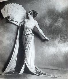 #vintage #showgirl
