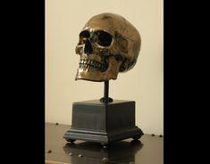 Skull in bronze on base Skulls, Bronze, Base, Decor, Decoration, Decorating, Dekorasyon, Dekoration, Home Accents