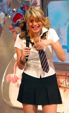 School uniform - Holly Willoughby - English TV Presenter on This Morning - born Brighton