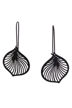 Lily earrings in black (Hard to Find Monochrome Style)