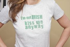 Need a touch of green for St. Patty's day? Try this simple-to-make t-shirt. #Avery