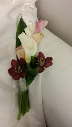 #callalillybouquet  # modern bouquet #artisticbloom  #fallwedding