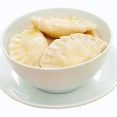 Pierogi z serem – przepis dla małych i dużych Ukrainian Recipes, Ukrainian Food, Honeydew, Dairy, Ice Cream, Cheese, Fruit, Desserts, Pierogi