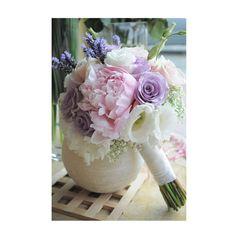 Bouquet de mariée esprit champêtre ton violine