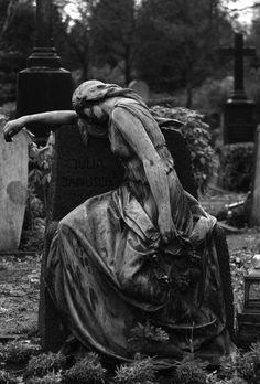 Cierra tus ojos y mira tu alma : Foto