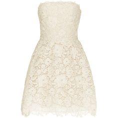 Monique Lhuillier Bellini Dress ($2,990) ❤ liked on Polyvore featuring dresses, monique lhuillier, bridal, a line cocktail dress, white strapless cocktail dress, bridal dresses, floral lace dress and white strapless dress