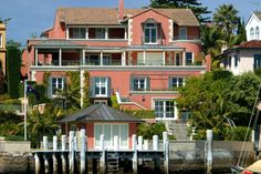 New Prime Minister Malcolm Turnbull will not govern from the official prime ministerial residence in Sydney, preferring to remain in his multi-million-dollar waterfront m