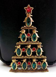 Penguins JJ Christmas Tree pin brooch Jonette antiqued gold tone