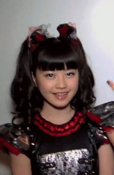 A sea of BabyMetal's Gifs (update every month) - Album on Imgur